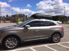 2016 Lincoln MKX & Thule Cargo Box