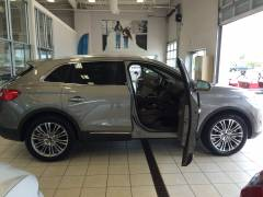 2016 MKX First Pic